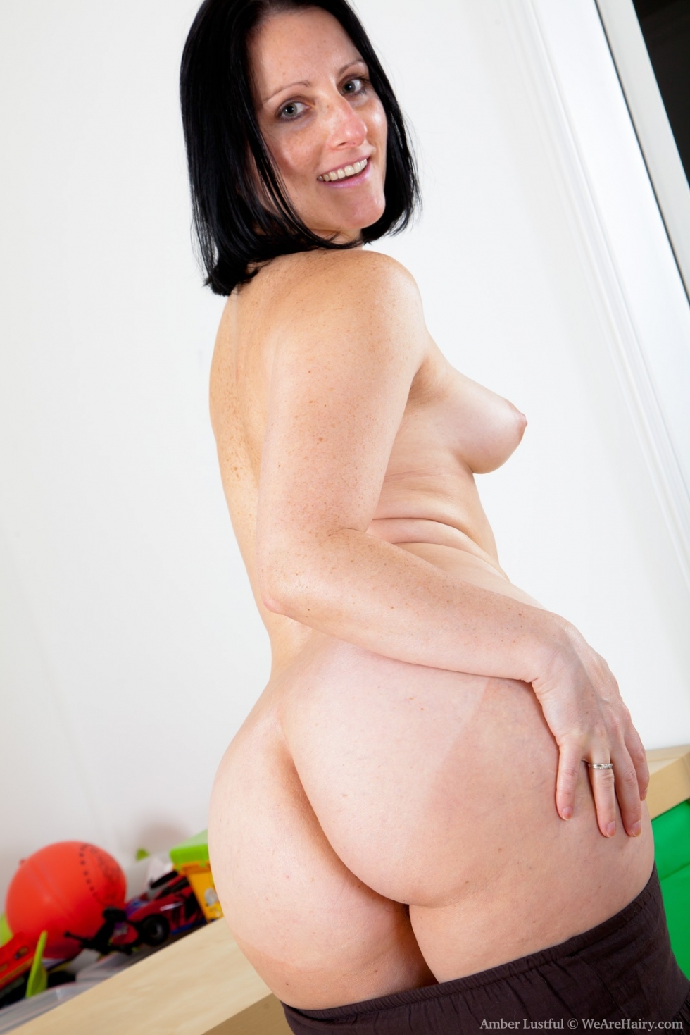 Amber lustful hairy pussy